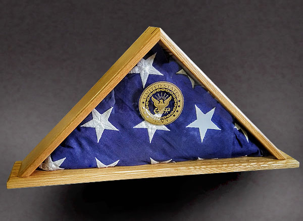 Red Oak flag Case with Glass Etching